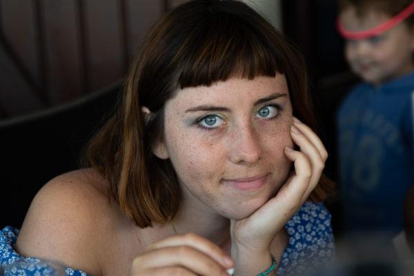 portrait jeune femme Toulouse