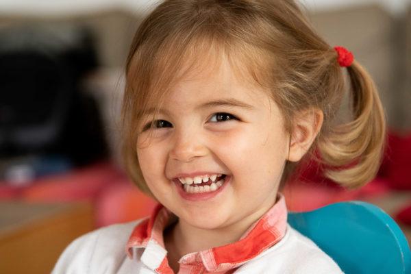 Sourire de petite fille